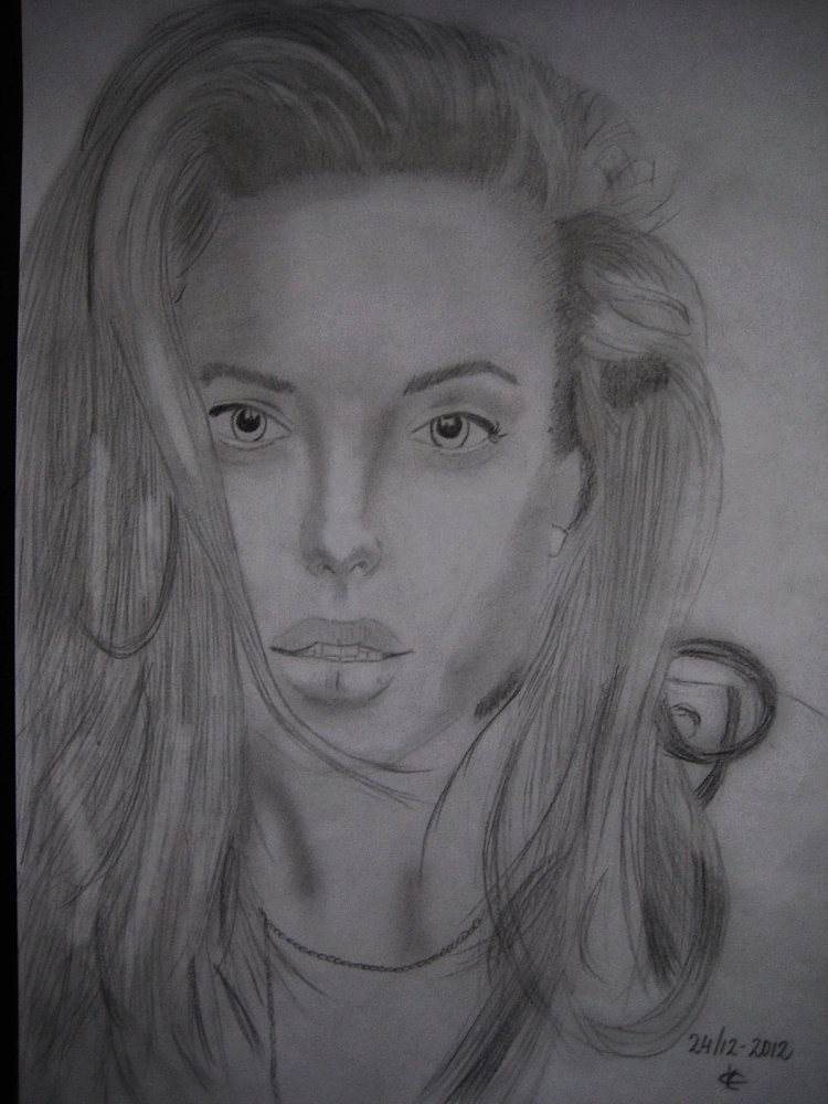 Angelina Jolie by Phoebe19